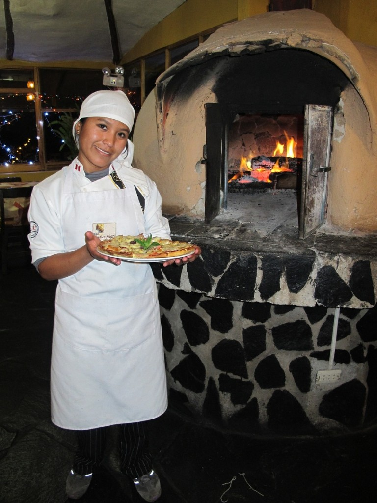 The most adorable pizza chef in Peru!
